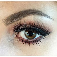 Deets from yesterday's post ✨ I used @makeupgeekcosmetics eyeshadows in Peach Smoothie in the crease, Starry Eyed on the lid, Bling✨ to highlight, Bitten in the crease & lower lash line. Used @anastasiabeverlyhills shadows in Birkin & Dusty Rose to blend out Bitten, & finally Deep Plum in the outer corner and lower lash line! ❤️ Lashes are @blinkingbeaute Style No.1. Also used Maybelline gel liner for the wing, and Anastasia Beverly Hills dipbrow in Dark Brown! Lipstick from yesterday's post…