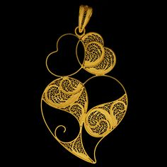 The filigree hearts. Filigree Jewelry, Silver Filigree, Sacred Heart, Black Gold, Portugal, Jewelery, Rose Gold, Drop Earrings, Diamond