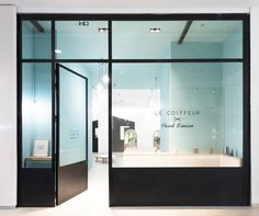 Shapes of Marseille: Le Coiffeur Pascal Lancien Salon — KNSTRCT - Carefully Curated Design News
