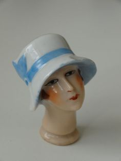 ART DECO LADY VINTAGE PIN CUSHION HALF DOLL HEAD WITH HAT FLAPPER