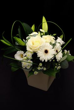 http://www.proflowers.com/eacq?ref=fgvpfemailacqfymcMday1350percvaseJD Beautiful Flowers for all Occassions!