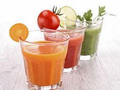 Should we be drinking juice? Read our top tips for healthy juice drinking! Healthy Snacks For Kids, Healthy Life, Healthy Living, Best Detox Program, Dietas Detox, Bebidas Detox, Diet Recipes, Healthy Recipes, Healthy Food