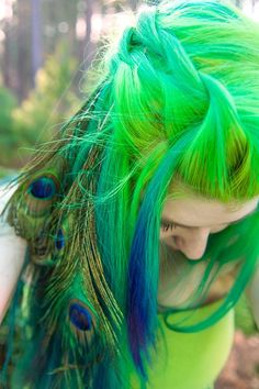 braid dyed hair hair dye ultra violet manic panic Peacock green hair colorful hair peacock feathers atomic turquoise electric lizard green and blue hair rockabilly blue peacock hair Funky Hairstyles, Pretty Hairstyles, Manic Panic Hair Dye, Pelo Multicolor, Peacock Hair, Green Peacock, Peacock Feathers, Feather Hair, Verde Neon