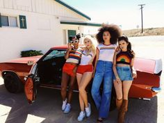 Kali Uchis style and squad inspo