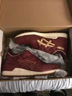 ASICS TIGER GEL-LYTE MT GHOSTFACE X KILLAH/EXTRA BUTTER COLLAB SZ 12 Limited Ed Asics Tiger Gel Lyte, Asics Gel Lyte Iii, Casual Sneakers, Sneakers Fashion, Mens Fleece Hoodie, Cream Style, T Shirt World, Premium Brands, Trail Shoes
