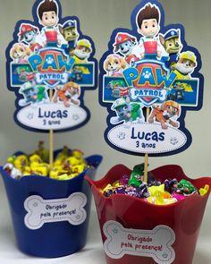 Centro de mesa Patrulha Canina para os 3 aninhos do Lucas! Muito obrigada à mamãe @jacquelinejimbo pela confiança mais uma vez em nosso trabalho! #festapatrulhacanina #centrodemesa #centrodemesapatrulhacanina #festademenino #kidsparty