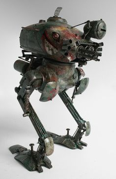 Photos of the Krote Standard Edition toy from the Maschinen Krieger Collection by ThreeA based on designs from Kow Yokoyama.