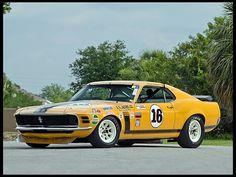 1970 Ford Mustang Boss 302 Trans Am Race Car. Bud Moore/Peter Gregg drivers. #GotRacing? Get #FordRacing at #RacingFriday with #Rvinyl at http://blog.rvinyl.com/2015/06/12/racingfriday-vw-golf-6-r-32-vs-ford-focus-rs-14-mile-drag-race/