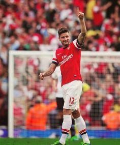Giroud celebrates his goal against Tottenham