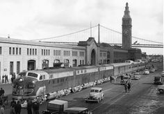 Western Pacific's California Zephyr in front of the San Francisco Ferry Building for its inauguration ceremony (1949)
