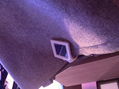 2. Platz: OLED Beleuchtung für die Handtasche mit Solar-Energiequelle.