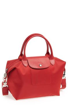 Free shipping and returns on Longchamp 'Le Pliage Neo - Small' Tote at Nordstrom.com. Water-resistant nylon fashions a right-size tote trimmed in richly embossed leather. An optional shoulder strap adds to the versatility.