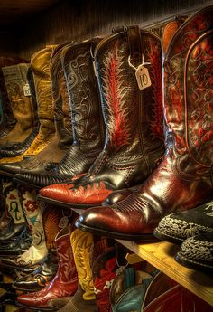 Vintage Cowboy Boots at the Wild West Store, Wimberly, Texas. Cowboy And Cowgirl, Cowgirl Boots, Cowboy Hats, Cowboy Boot, Cowgirls, Western Wear, Western Boots, Danse Country, Look Fashion