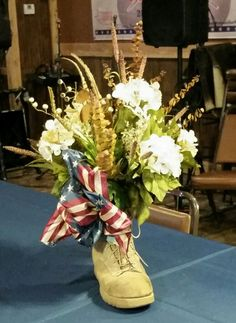 Military retirement centerpiece