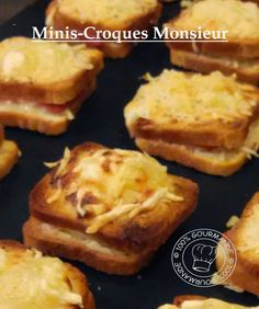 100%Gourmande : Minis-Croques Monsieur Muffin, Breakfast, Croque Monsieur, Salty Cake, Minis, Greedy People, Kitchens, Morning Coffee, Muffins