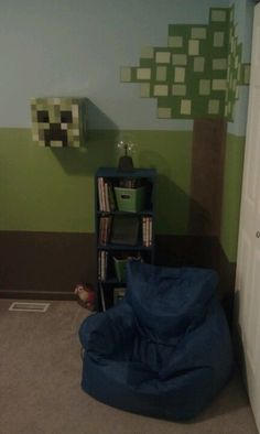 Tree corner w bookshelf bean bag and creeper cube on wall Another part of the minecraft bedroom Minecraft Classroom, Minecraft Room, Minecraft Ideas, Bedroom Wall Colors, Bedroom Decor, Bedroom Ideas, Cool Kids Bedrooms, Boy Bedrooms, Shed Decor