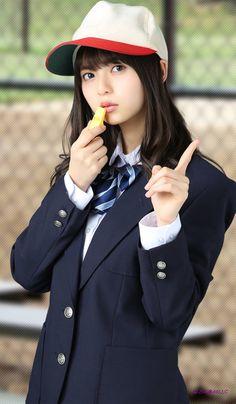 School Uniform Fashion, Japanese School Uniform, School Uniform Girls, Girls Uniforms, Hot Japanese Girls, Beautiful Japanese Girl, Cute Japanese, Asian Cute, Cute Asian Girls