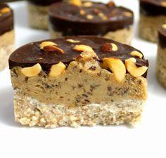 Norwegian Food, Norwegian Recipes, Raw Cake, Vegan Cheesecake, Gluten Free Cakes, Vegan Treats, Delicious Vegan Recipes, Healthy Sweets, Sweet Desserts