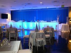 The #blue #LED #lights and #silver #theme #décor give a touch of chilly feel to this #winter #corporate #events.
