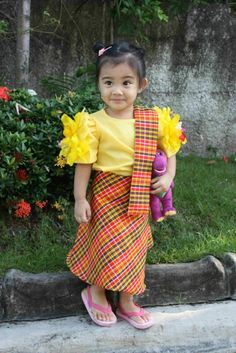 My Mom-Friday: Kid-Style: Best in Filipiniana Traditional Dresses For Kids, Traditional Outfits, Filipino Baby, Modern Filipiniana Dress, Days For Girls, Philippines Culture, Cute Asian Babies, Kid Styles, My Little Girl