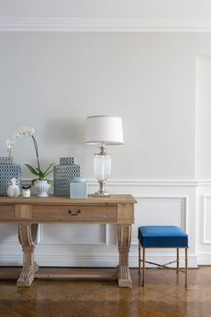 Six must-have features for a Hamptons style home – Indah Island Hamptons Living Room, The Hamptons, Interior Walls, Interior Design, Design Design, Hallway Designs, Baby Room Design, New Home Designs, Hampton Style