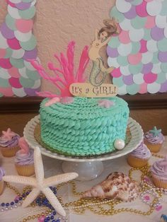20 amazing mermaid baby shower party ideas to help you make the perfect baby shower theme! Mermaid Baby Showers, Baby Mermaid, Mermaid Birthday, Shower Bebe, Girl Shower, Little Mermaid Parties, The Little Mermaid, Shower Party, Baby Shower Parties