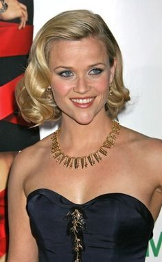 November 2008.  Reese Witherspoon.  Cute waves.