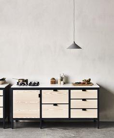 Frama Studio Kitchen | The Design Chaser | Bloglovin' ähnliche tolle Projekte und Ideen wie im Bild vorgestellt findest du auch in unserem Magazi