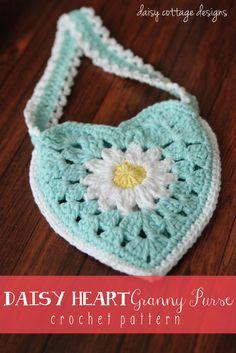 Daisy Heart Granny Purse By Lauren - Free Crochet Pattern - (daisycottagedesigns)