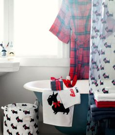 I wish there was an H&M Home store around me, because these little black terriers wearing their festive red Christmas bows are adorab. Dog Rules, Christmas Dog, Westies, Vintage Posters, Puppy Love, My Best Friend, Cool Girl, Dog Lovers, Scottie Dogs