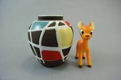 Vintage Vase von Schlossberg / 32 / Dekor Kuba   West German Pottery   50er von ShabbRockRepublic auf Etsy