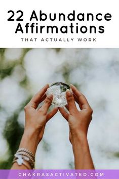 22 affirmations (that actually work) to bring you abundance and prosperity. Make your dreams a reality. Easy Meditation, Chakra Meditation, Mindfulness Meditation, Positive Phrases, Positive Affirmations Quotes, Positive Thoughts, Positive Vibes, Positive Quotes, Good Vibes Quotes