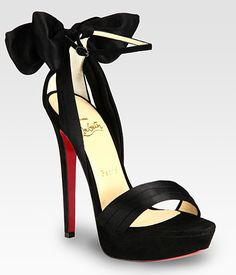 Bow Louboutin Slingback. In LOVE with these shoes!