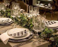 Inspiração de mesa do dia dos pais a Gi do @lardocecasa produziu essa mesa com a Louça Carrara da Vista Alegre amei!!!
