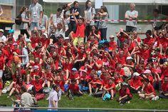 #Angers Découverte de l'athlétisme pour des écoliers angevins, qui ont défilé lors de la cérémonie d'ouverture.(Photo: Matthieu Tourault/Ville d'Angers)