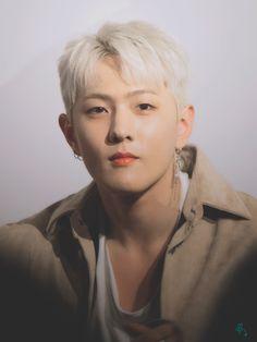 #donghyuk Yg Entertainment, Bobby, Yg Ikon, Koo Jun Hoe, Warner Music, Jay Song, Ikon Wallpaper, Dancing King, Kim Ji Won