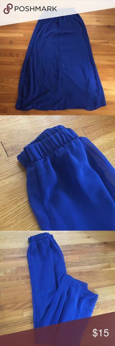 FOREVER 21 Royal Blue Maxi Skirt (Size S) Flowy and breatheable skirt in an eye-catching jewel tone!! Looks great with crop tops during the summer heat. Lightly worn with flexible elastic band! Forever 21 Skirts Maxi