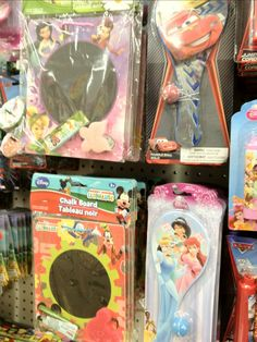 Prepping for Disney at the Dollar Store...great ideas and info