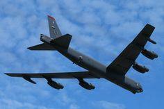 Boeing B-52H Stratofortress by NamelessFaithlessGod