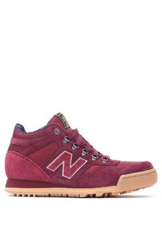 New Balance x Herchel Supply Sneaker 710 in Burgundy