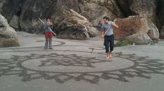 Artist Transforms The Beach Into A Mind Blowing Work Of Art... This Is Incredible.