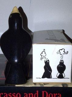 vintage black pie bird