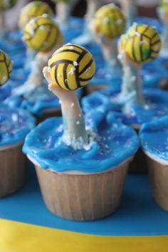 Cupcake of the Day: Waterpolo Cupcake Wars, Cupcake Cookies, Usa Water Polo, Girls Water Polo, Volleyball Cakes, Volleyball Party, Swimming Cake, Themed Cupcakes, Sweet Recipes