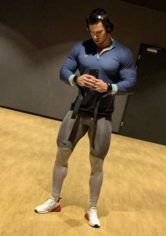 Fitness Outfits For Men Mens - Fitness Mens Leotard, Gym Outfit Men, Lycra Men, Mens Tights, Gym Style, Muscle Men, Slip, Fitness Fashion, Fitness Outfits