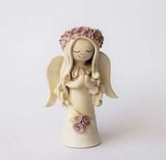 Polymer Clay Projects, Clay Crafts, Christmas Angels, Christmas Tree Ornaments, Clay Angel, Pottery Angels, Coil Pots, Handmade Angels, Ceramic Angels