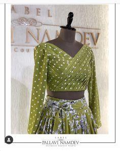 Stylish Blouse Design, Fancy Blouse Designs, Stylish Dress Designs, Stylish Dresses, Choli Blouse Design, Pattu Saree Blouse Designs, Lehenga Designs, Indian Fashion Dresses, Indian Designer Outfits