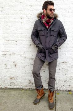 A Guide to Duck Boots (featuring the Bean Boot) - Iron and Tweed Bean Boots Outfit, Ll Bean Boots, Winter Outfits For Work, Casual Winter Outfits, Trendy Outfits, Insulated Boots, Grey Trousers, China Glaze, Waterproof Boots