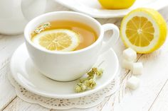 1-Day Cleanse Detox Tea : Give yourself a mid-morning boost with a warm cup of detox tea.