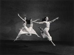 Photo Detail - Silver print by Barbara Morgan - Martha Graham, American Document (Trio - Maslow, Flier, Mazia) Martha Graham, Shall We Dance, Lets Dance, Dance Pics, Dance Pictures, Dance Art, Ballet Dance, Contemporary Dance, Modern Dance