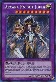 """Arcana Knight Joker  http://www.kartgezegeni.com/Arcana-Knight-Joker-4053-ANPR-EN090  Kartın Türkçe Açıklaması  """"Queen's Knight"""" + """"Jack's Knight"""" + """"King's Knight"""" Bu kartın Birleşim çağrısı sadece yukarıdaki Birleşen canavarlarla yapılabilir. Her tur bir kez, bu kart sahada açıkken, eğer bir Büyü, Tuzak veya Efekt canavarı bu kartı hedeflerse, efekti engellemek için aynı tür kartı elinizden atabilirsiniz."""